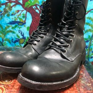 James FRYE lace up black leather boots
